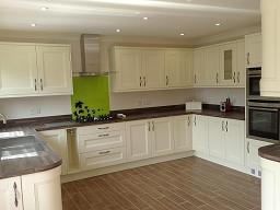 Kitchen fitters in lowestoft meadows kitchens gallery for Small fitted kitchen ideas