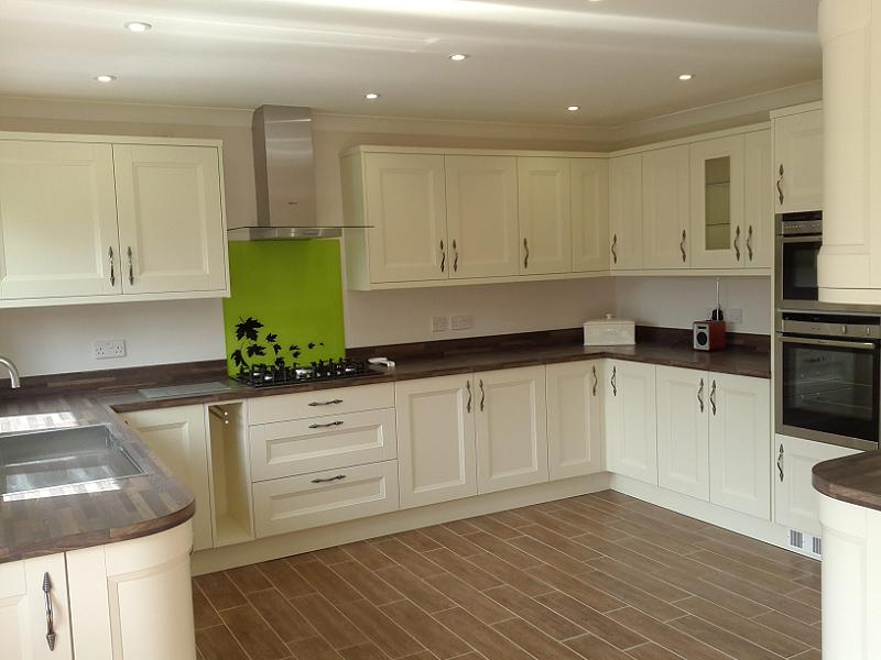 Ordinaire Richmond Ivory Painted Kitchen With Laminate Worktops Part 87